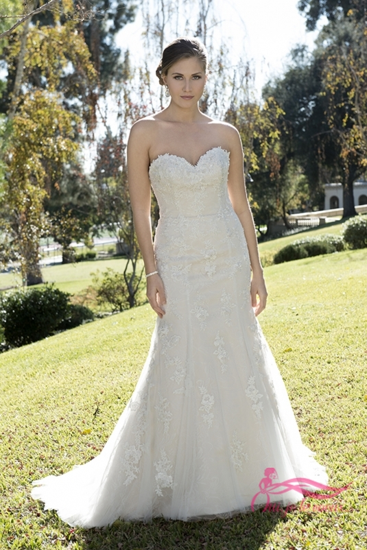 Wedding dress Tulle, Imperial Satin, Dominica