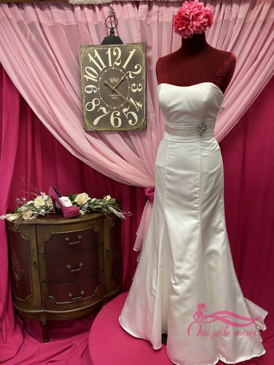 Wedding dress Lapointe