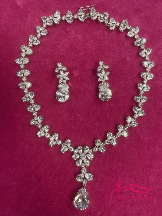 Wedding dress Necklace + earing